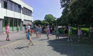 Action_auf_dem_Pausenhof
