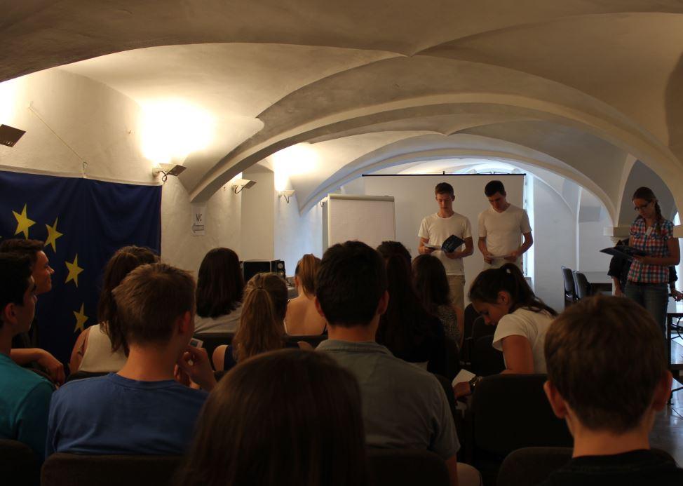 Schülervortrag_im_Europabüro_Ulm